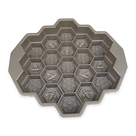 Nordic Ware 174 Honeycomb Bundt Pan Www Bedbathandbeyond Com