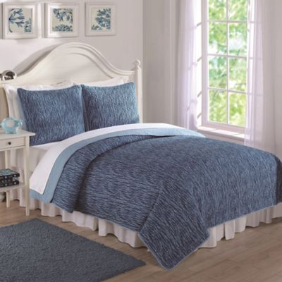 Space Dye Print Reversible Twin Quilt Set in Blue