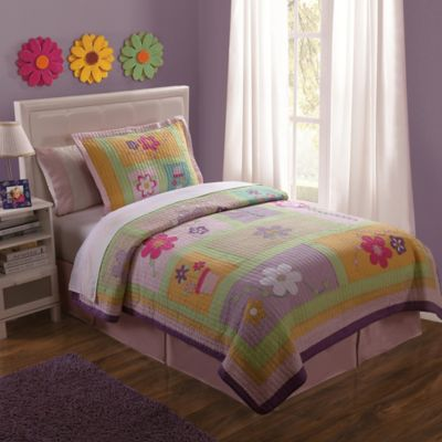 Sweet Helen Twin Quilt Set