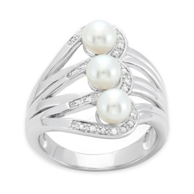 Sterling Silver Linear Freshwater Cultured Pearl .10 cttw Diamond Size 5 Ladies' Cocktail Ring