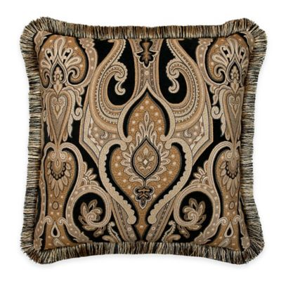 Austin Horn Classics Alexandria Medallion Square Throw Pillow in Black/Gold