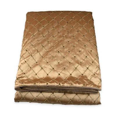 Austin Horn Classics Ashley Queen Coverlet in Gold