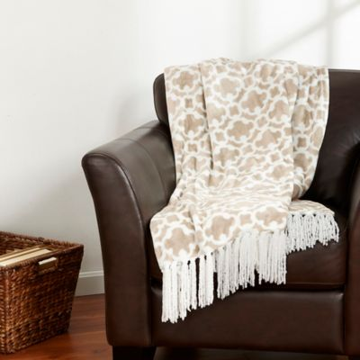Ultra Plush Ogee Print Polyester Fringed Throw in Taupe