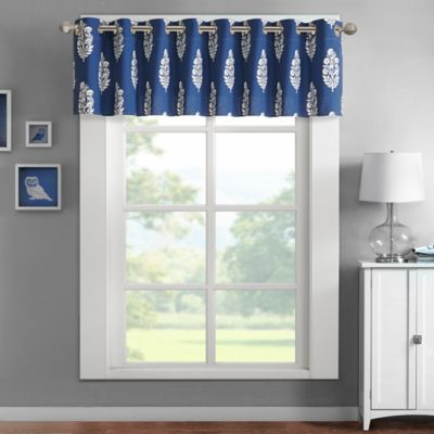 Aqua Intelligent Design Adwin Window Treatments
