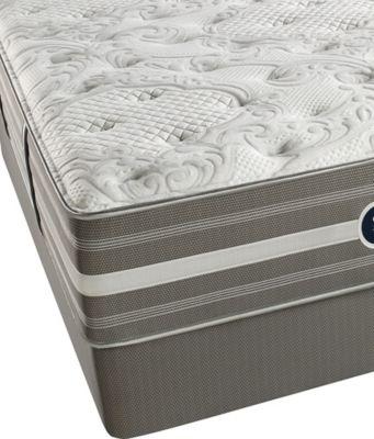 Beautyrest® World Class® Heritage Pines Luxury Firm Low Profile Split Queen Mattress Set