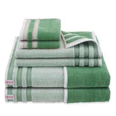Dark Green Bath Towels
