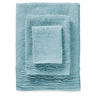 3-Piece Pleated Turkish Cotton Bath Towel Set in Light Blue