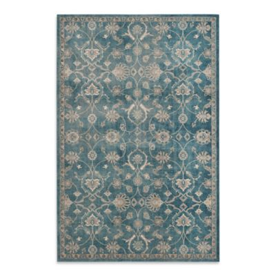 Safavieh Sofia Collection Floral 5-Foot 1-Inch x 7-Foot 7-Inch Area Rug in Blue