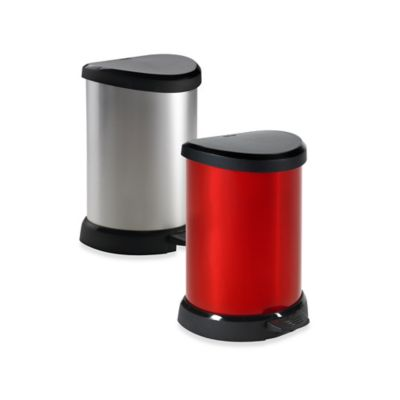Curver 20-Liter Metallic Trash Can in Red