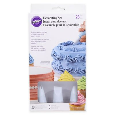 Wilton Disposable Bags and Tips Decorator Set