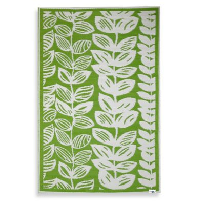 Fab Habitat Male Leaves 4-Foot x 6-Foot Indoor/Outdoor Area Rug in Green/Beige