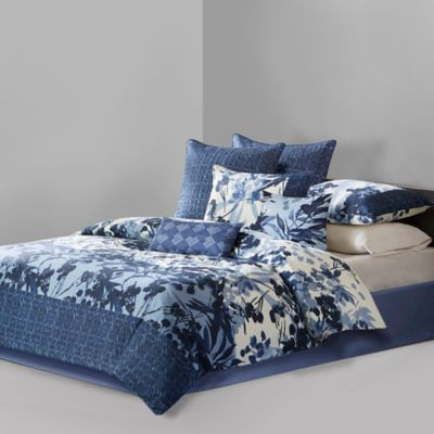 N Natori® Yumi Botanical Queen Comforter Set in Blue