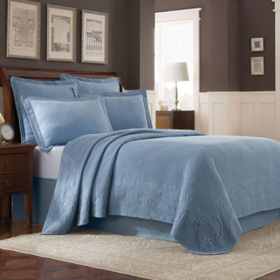 Williamsburg Abby Queen Coverlet in Blue
