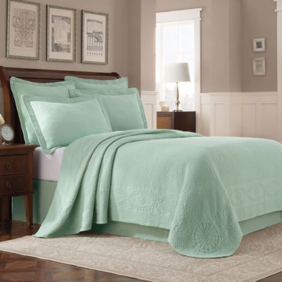 Williamsburg Abby Twin Coverlet in Sage