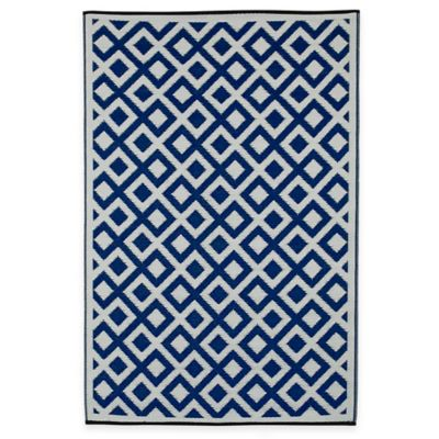 Fab Habitat Marina Squares 6-Foot x 9-Foot Indoor/Outdoor Area Rug in Red/White