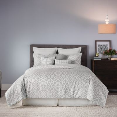 Real Simple® Irving Reversible Full/Queen Comforter Set in Grey/White