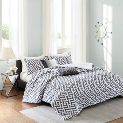 Madison Park Pure Dimitra Full/Queen Duvet Cover Set in Black