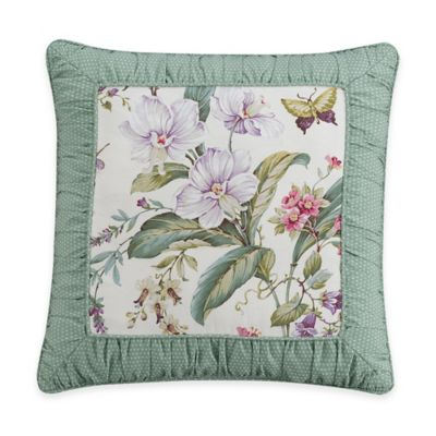 Williamsburg Palace Rouched Border Square Throw Pillow in Ivory/Green