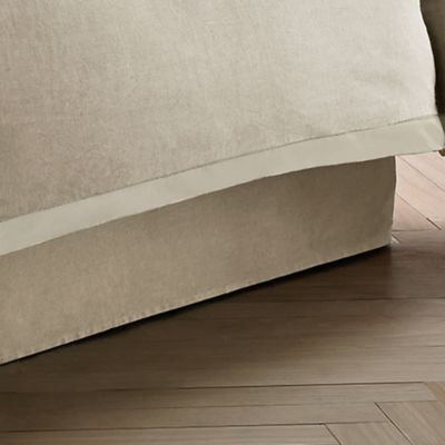 Wamsutta® Collection Luxury Italian-Made Salerno Full Bed Skirt in Linen