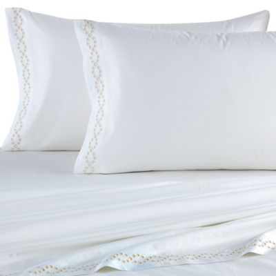 Vera Wang™ Fretwork Queen Fitted Sheet in Bright White