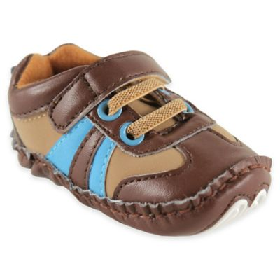 BabyVision® Luvable Friends™ Size 0-6M Explorer Sneaker in Brown