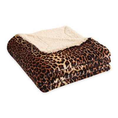 VCNY Nigel Animal Printed Reversible-to-Sherpa Twin Blanket