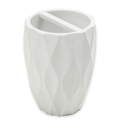 Roselli Trading Wave Toothbrush Holder