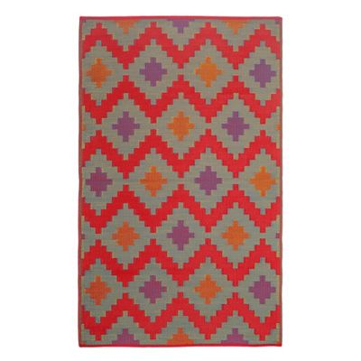 Fab Habitat Jakarta 4-Foot x 6-Foot Recycled Patio Mat in Red
