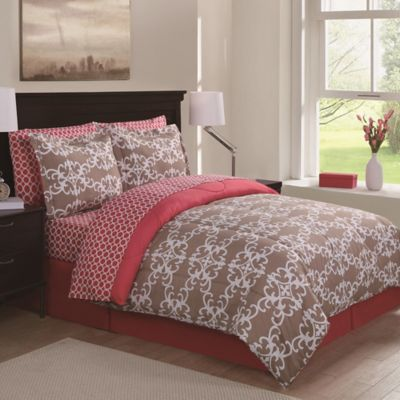 Baroque Scroll 8-Piece Queen Comforter Set in Tan