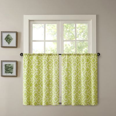 Madison Park Delray 36-Inch Printed Diamond Window Curtain Tier Pair in Green