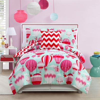 VCNY Away We Go 4-Piece Reversible Full Comforter Set in Pink/Teal