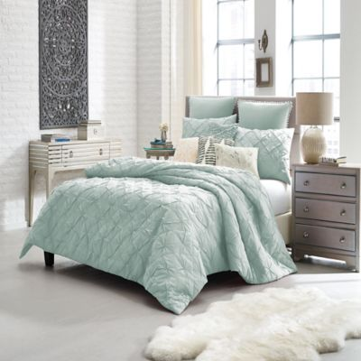 Anthology Queen Comforter
