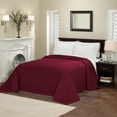 French Tile Queen Bedspread in Deep Red