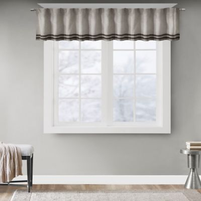 Tailored Valances for Windows