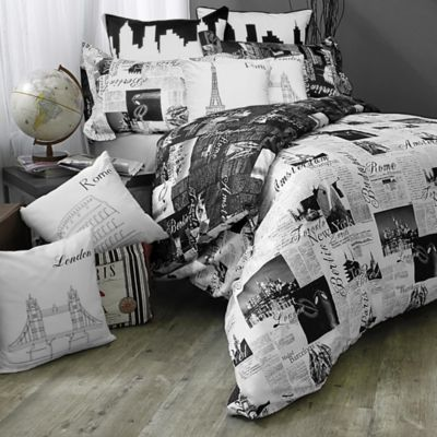 Passport London and Paris Reversible Full/Queen Comforter Set in Black/White