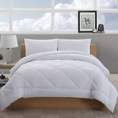 Villa Reversible Full/Queen Comforter in Sage/Ecru