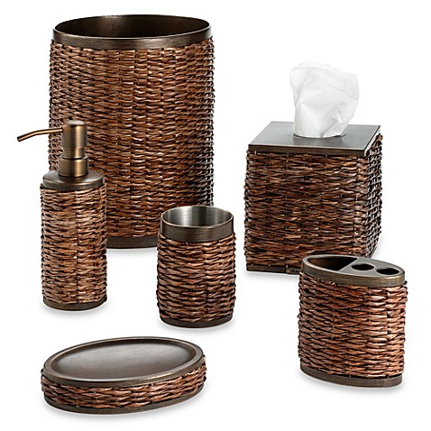 Retreat Wastebasket in Wicker