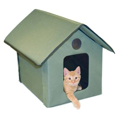 Outdoor Kitty House™ in Olive