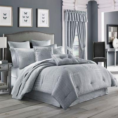 J. Queen New York™ Wilmington King Comforter Set in Chrome