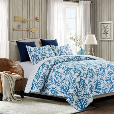 Oceania Reversible Full/Queen Quilt Set in Blue