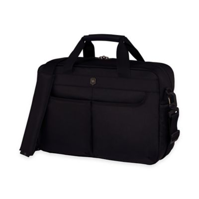 Victorinox® WERKS 5.0 Deluxe Travel Bag in Black