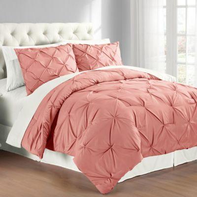 Pintuck Full/Queen Comforter Set in Coral