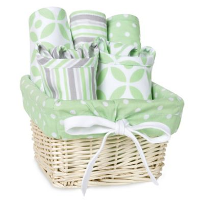 Trend Lab Lauren 7-Piece Feeding Set Gift Basket in Green