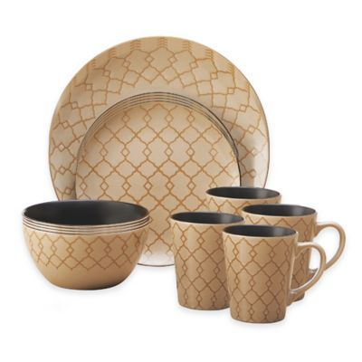 Pfaltzgraff® Vintage Lattice 16-Piece Dinnerware Set in Cream