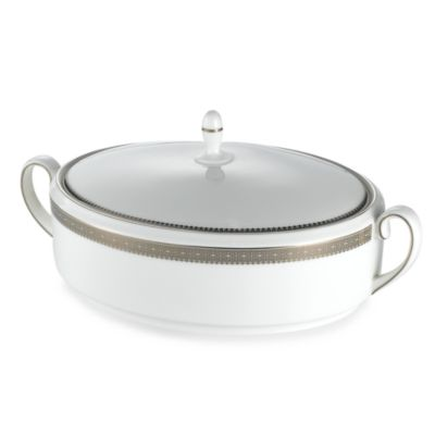 Vera Wang Wedgwood® Vera Lace 1 1/2-Quart Covered Vegetable Bowl