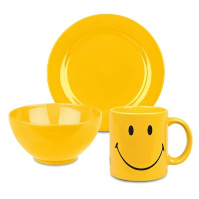 Waechtersbach Fun Factory 3-Piece Smiley Classic Breakfast Set in Yellow