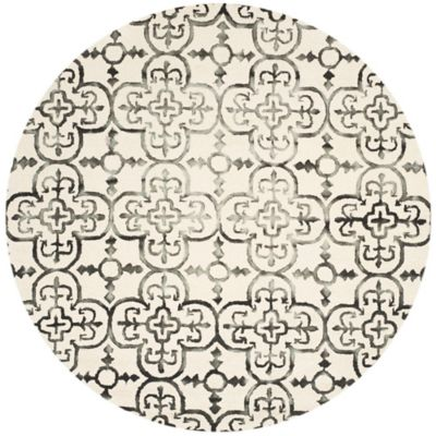Safavieh Dip Dye Clover 7-Foot Round Area Rug in Ivory/Charcoal