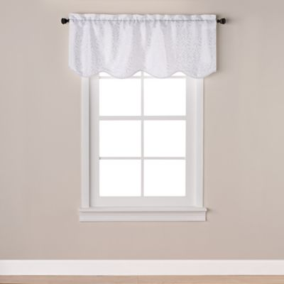 Westchester Scalloped Window Valance in White