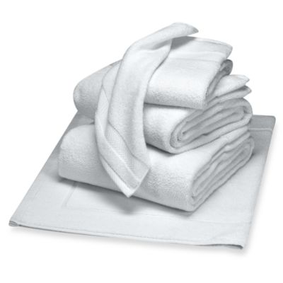 Wamsutta® Duet Bath Towel in White