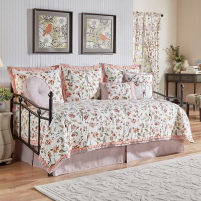 Waverly® Retweet Reversible Quilt Daybed Set in Berry